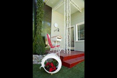 """Well... what do you think of the new <i>Big Brother</i> house?<br/><br/><b><a href=""""http://www.bigbrother.com.au"""" target=""""_blank"""">Visit the <i>Big Brother</i> official website</a></b>"""