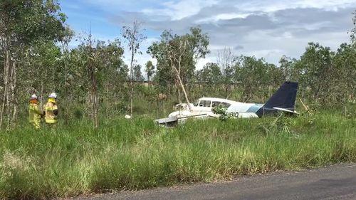 Pilot taken to hospital after light plane crash near Mareeba, north Queensland