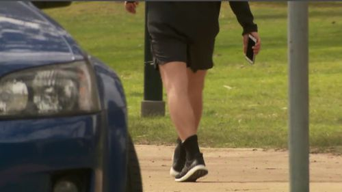 Sometimes phone robberies can turn violent, police warned. (9NEWS)