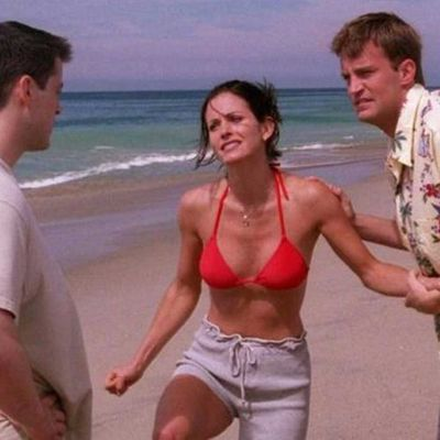 10. 'The One With The Jellyfish' (Season 4, Episode 1)
