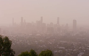 Dust storm: Health warning for south-east Queensland residents