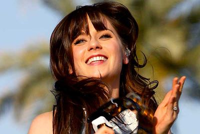 "TV must run in the Deschanel genes: Emily has longed played the female lead in the crime drama <I>Bones</I>, and sister Zooey will soon be joining her on the small screen. She'll star and executive-produce the series <I><B>I'm With the Band</B></I>, about <a href=""http://screencrave.com/2010-02-02/zooey-deschanel-to-star-in-hbos-im-with-the-band/"" target=""new"">a 1960s groupie</a> who sleeps her way through the music/film/TV elite of the era."