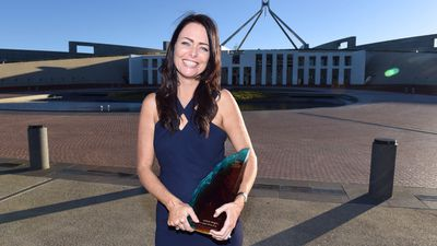 Charity founder Juliette Wright has been named Australia's Local Hero for 2015 for her work matching quality donated goods with those that need them most. The 41-year-old from Camp Mountain, Queensland founded GIVIT in 2009, with a mission to alleviate poverty across Australia. The online platform has connected more than 126,000 items with disadvantaged Australians, by connecting donors with recipients. (AAP)