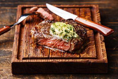 <strong>Steak</strong>