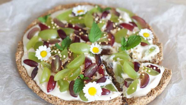 "<strong>Recipe: <a href=""http://Grapes on pizza "" target=""_top"" draggable=""false"">Breakfast granola pizza</a></strong>"