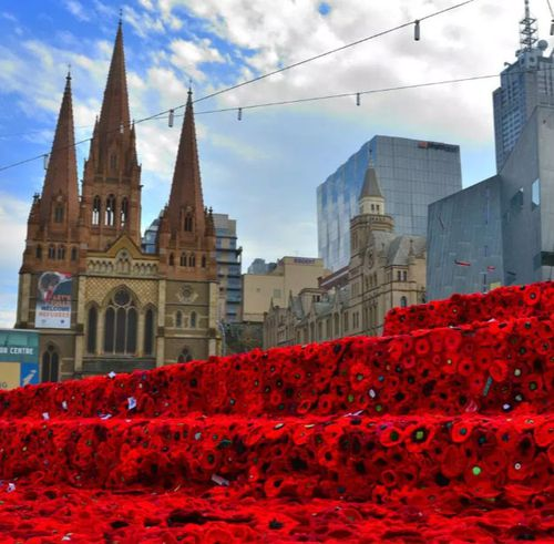 Handmade poppies decorated Melbourne's Federation Square for Anzac Day in 2015. (Photo: 5000 Poppies).