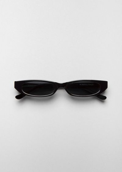 "<a href=""https://roberiandfraud.com/products/frances"" target=""_blank"" title=""Roberi &amp;amp; Fraud Black Frances Sunglasses, $250"">Roberi &amp; Fraud Black Frances Sunglasses, $250</a>"