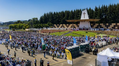 Thousands of faithful participate in a mass led by Pope Francis at the Maquehue airport on 17 January, 2018 in Temuco, Chile. Photo: Getty Images