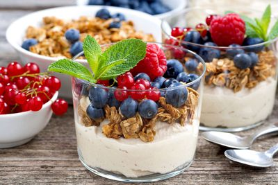 Yoghurt and fruit