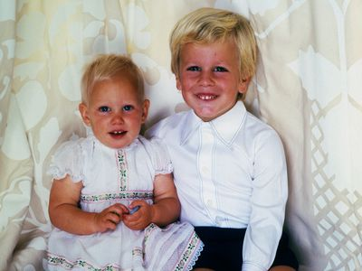 Zara and brother Peter Phillips, 1982
