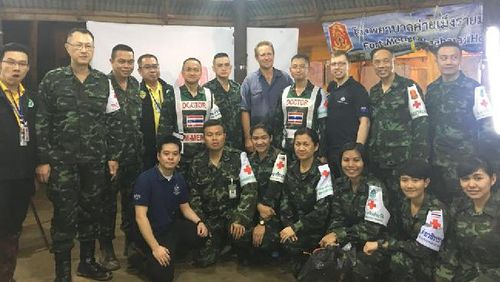Foreign Minister Julie Bishop has tweeted a photo of members from the Thai rescue team including Dr Harris. Picture: Twitter