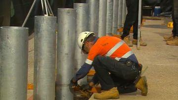 Work begins on Adelaide Oval's long-awaited 'ring-of-steel'