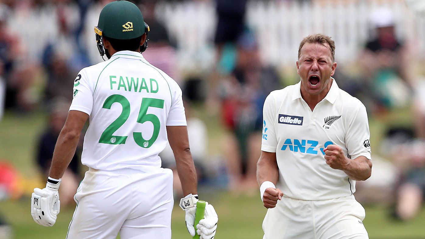 Neil Wagner battles two fractured toes to deliver New Zealand thrilling final day win over Pakistan