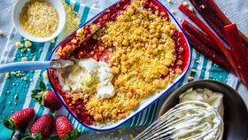 The Tartaglia's Strawberry and Rhubarb Crumble with Popping Candy Cream