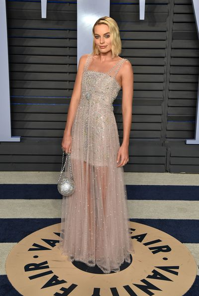 Oscar nominee Margot Robbie in Chanel Spring 2018 Couture