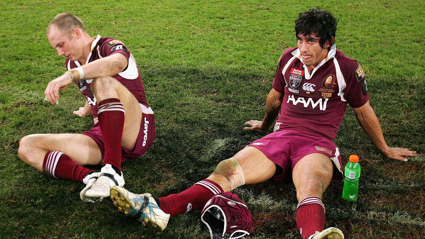 Darren Lockyer (left) and Johnathan Thurston after a State of Origin loss.
