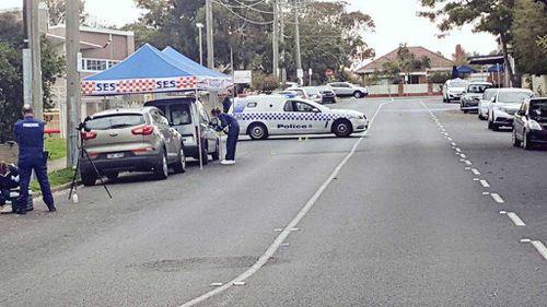 Man found with gunshot wound in beachside Melbourne suburb