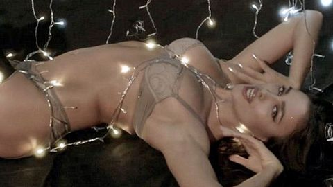 Watch: Cristiano Ronaldo's model girlfriend Irina Shayk writhes to 'Santa Baby' in lingerie