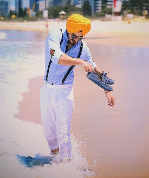 The 22-year-old man who drowned at Tweed Heads on Christmas Day has been identified as Ravneet Singh Gill. (Facebook)