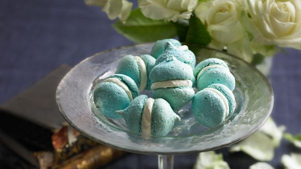Blue sapphire macaroons