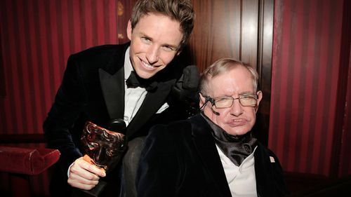 Oscar winning actor Eddie Redmayne, who won the Academy Award for his portrayal of Stephen Hawking will read at physicists funeral (BAFTA)