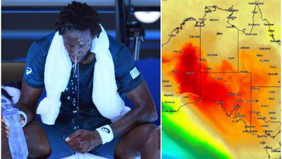Temperatures on court hit 69 degrees at Australian Open