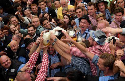 Beers flow as Germany's Oktoberfest begins