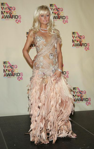 Paris Hilton at the 2004 MTV Video Music Awards on August 29, 2004  in Miami, Florida