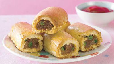 "<a href=""http://kitchen.nine.com.au/2016/05/13/12/12/glutenfree-sausage-rolls"" target=""_top"">Gluten-free sausage and pea rolls</a>"
