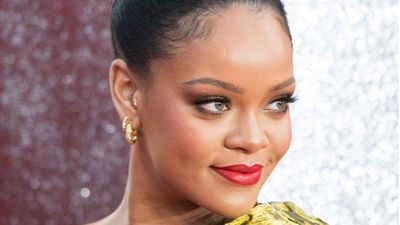 Makeup tips from Rihanna's make up artist
