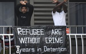 Brisbane refugee protest blocked over coronavirus safety fears