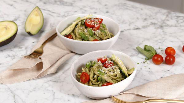 15-minute avocado pasta