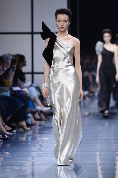 <p>Take a bow</p> <p>Armani Prive, haute couture autumn/winter, '16/'17, Paris Fashion Week</p>