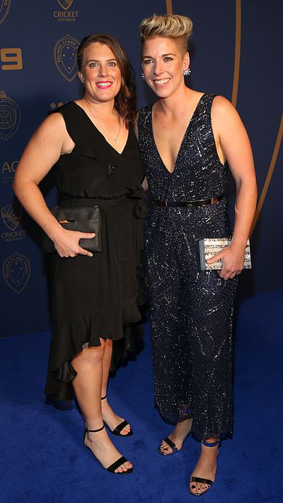 Elyse Villani with Lauren Morecroft at the Allan Border Medal awards night.
