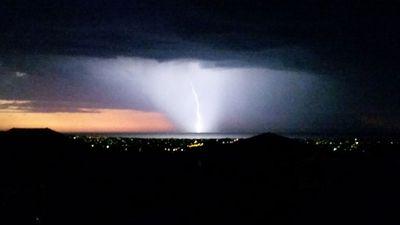 The lightning strikes in Pasadena at about 7pm. (Kei Shia Lim)