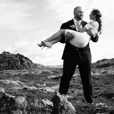 Hafþór Júlíus Björnsson and Kelsey Henson