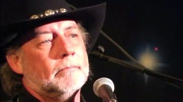 Country music singer killed in gunfight with bounty hunter