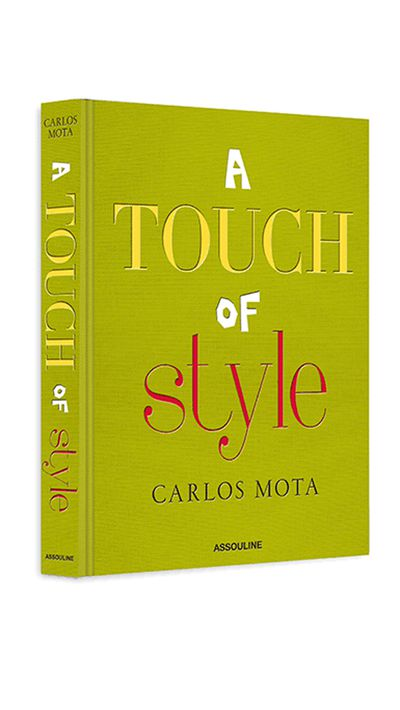 <p>'A Touch of Style' by Carlos Mota</p>
