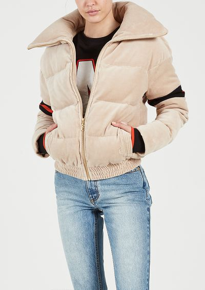 "<a href=""https://pe-nation.com/cover-back-jacket-beige"" target=""_blank"" title=""P.E Nation Cover Back Jacket in Beige, $340"" draggable=""false"">P.E Nation Cover Back Jacket in Beige, $340</a>"