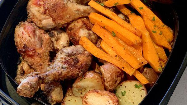 Philips Air Fryer crispy skin Mediterranean chicken and potatos