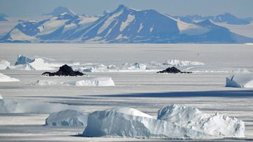 Antarctica lost a Hobart-sized lake of ice in just a few years