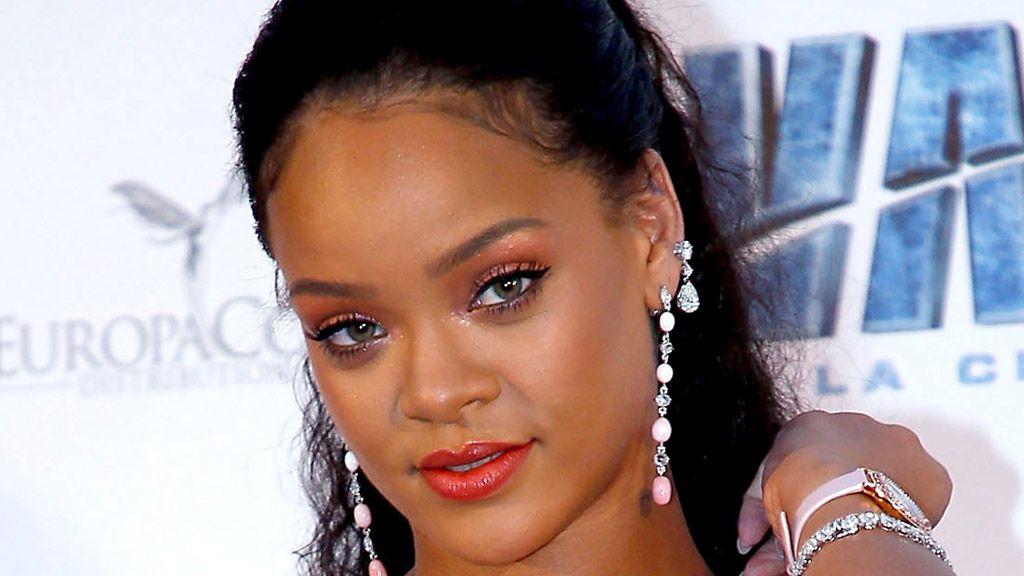 Rihanna debuts her beauty range