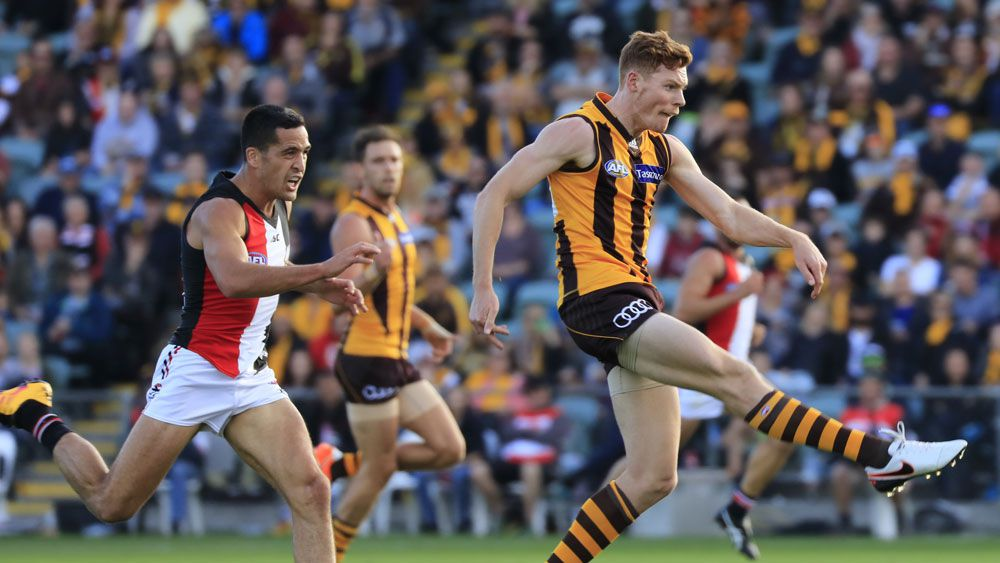 Mitchell shines in Hawks win over Saints