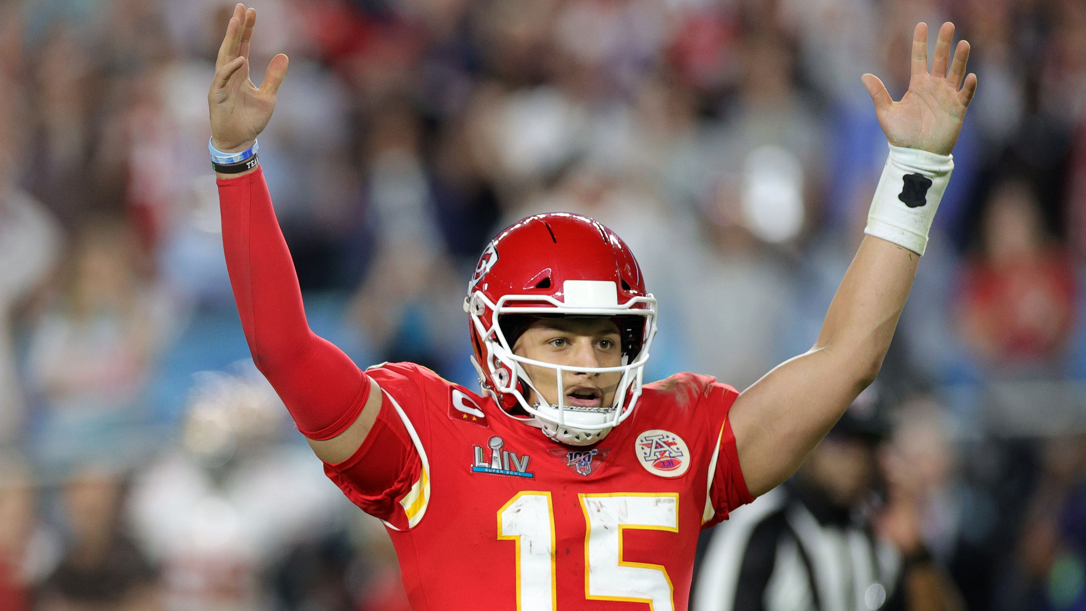 Patrick Mahomes celebrates throwing a touchdown pass in Super Bowl LIV.