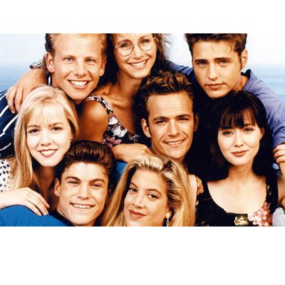 Beverly Hills, 90210 (1990-1995, 1998-2000)