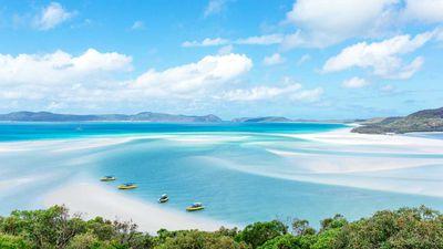 1. Whitehaven Beach - Whitsundays, Australia