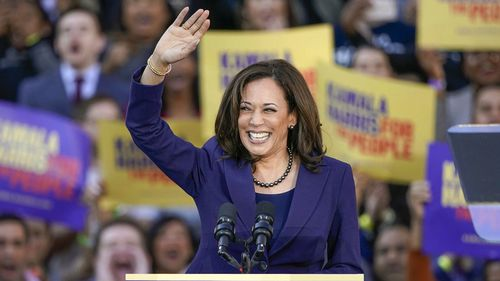 Democratic Sen. Kamala Harris, of California, waves to the crowd as she formally launches her presidential campaign at a rally in her hometown of Oakland, Calif. (Photo: January 2019)
