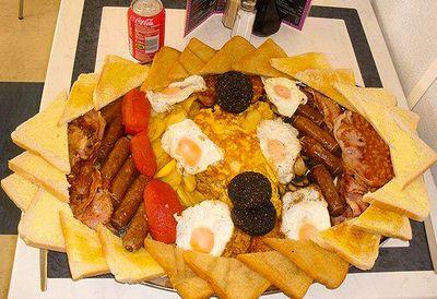 33,500-kilojoule breakfast