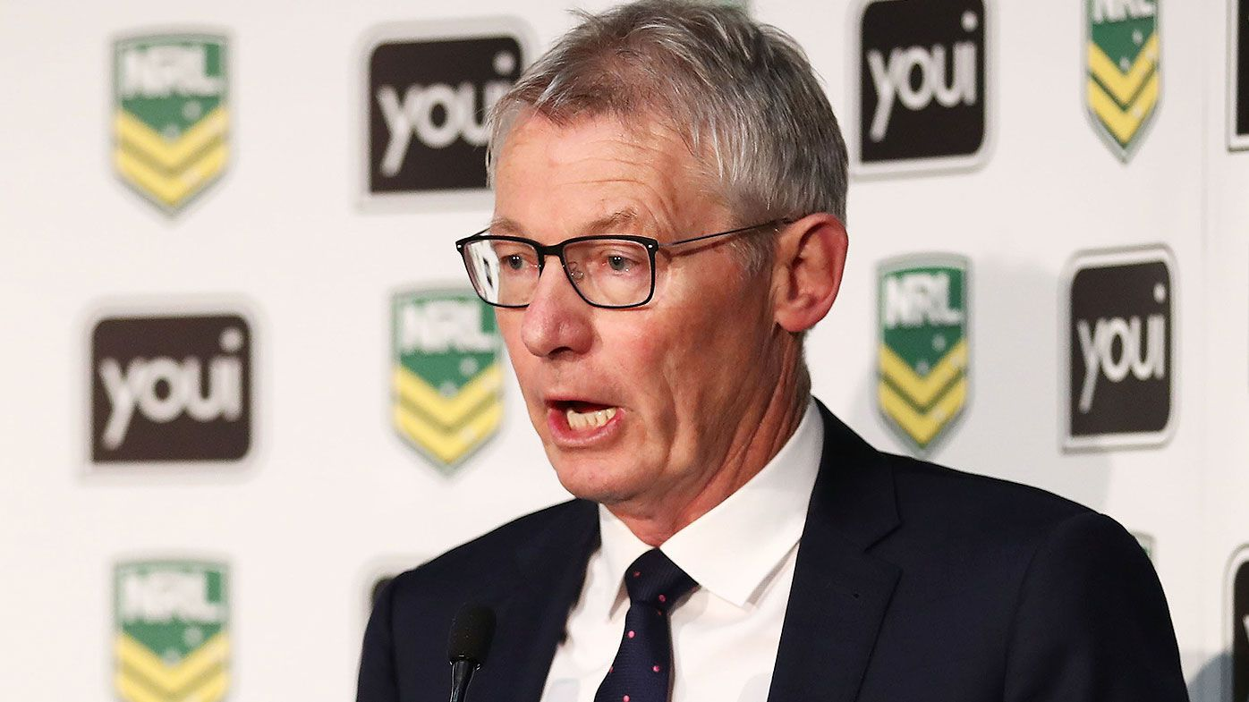 Newcastle Knights search for new football director