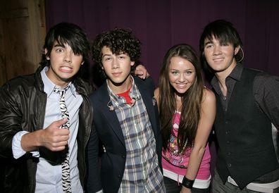 Joe Jonas, Nick Jonas, Miley Cyrus, Kevin Jonas